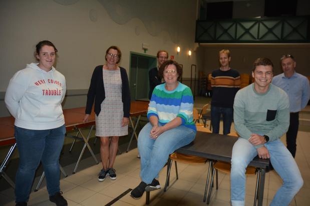 Toneelgroep Kohané uit Lendelede brengt kleinschalige productie in Den Tap