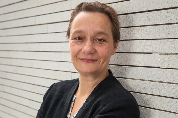 Virologe Erika Vlieghe: 'Ik vind het te vroeg voor een vliegvakantie'