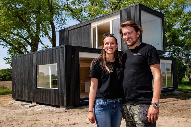 Michiel bouwt huis in amper drie uur tijd