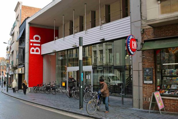 Boeken ontlenen in Kortrijk kan vanaf nu ook op je eigen computer of smartphone