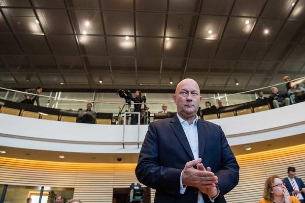 'Politieke thriller in Thüringen blameert centrumrechts in Duitsland'