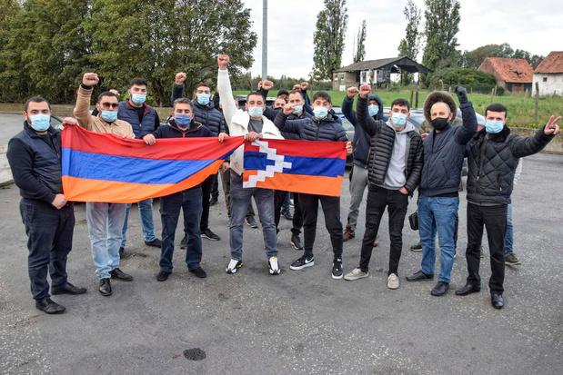 Armeense betogers blokkeren grensovergang in Rekkem