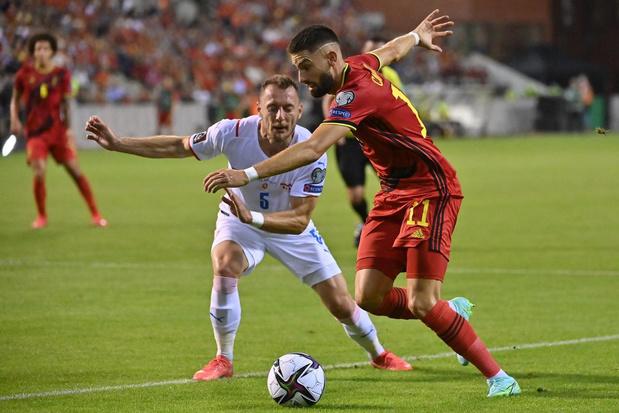 Yannick Carrasco: 'De plaats van Hazard? Ik kan ook op andere posities spelen'