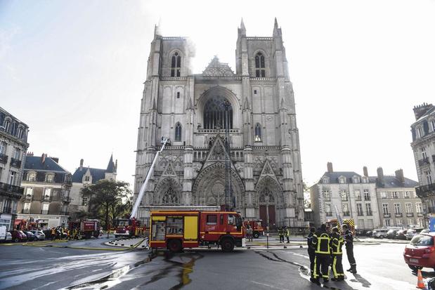 Kerkbranden in Frankrijk: een golf van 'christianofobie'?