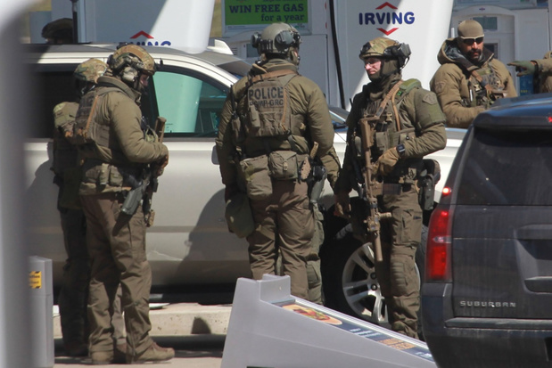 Schutter in Canada schiet minstens 16 mensen dood