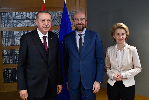 Brussel en Ankara onderzoeken uitbreiding migratieakkoord uit 2016