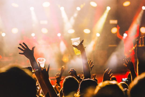 Frankrijk hakt de knoop door: festivals mogen maximum 5000 zittende bezoekers ontvangen