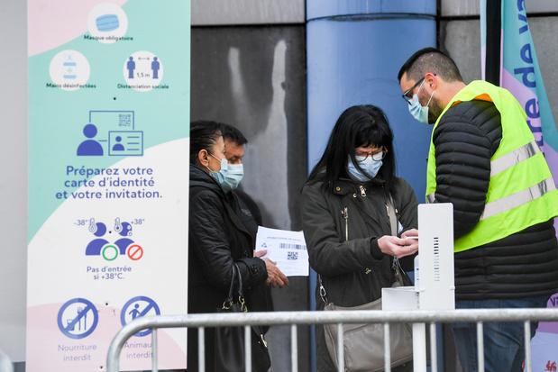 Meer dan één op drie Franstaligen wil geen coronavaccin