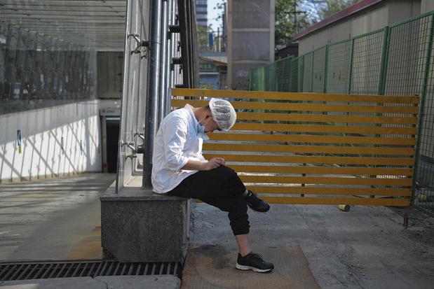 La relégation et la solitude du fumeur