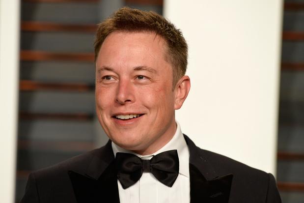 Musk suggereert betere Tesla-batterijen in komende jaren