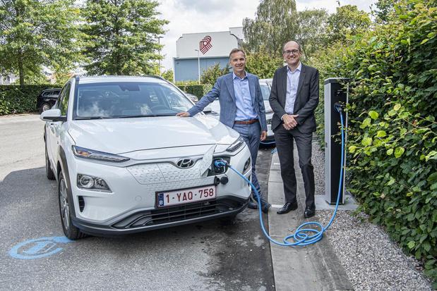 """Roularta plaatst laadpalen voor elektrische wagens: """"Switch is gemaakt"""""""