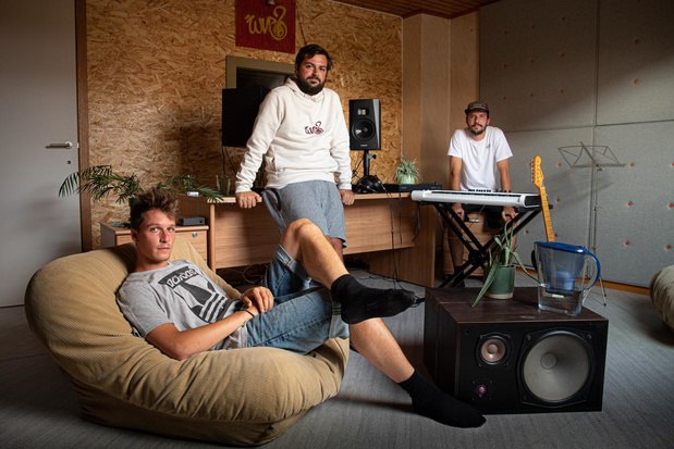 Nieuwe single voor hiphopbende 'Weireldverbeteroars?' uit Tielt