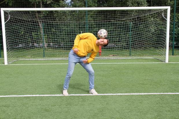 Oostendenaar Martijn scoort met voetbalkunstjes op TikTok en Instagram