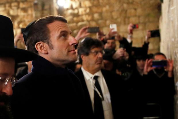 Macron in de clinch met Israëlische politie (video)