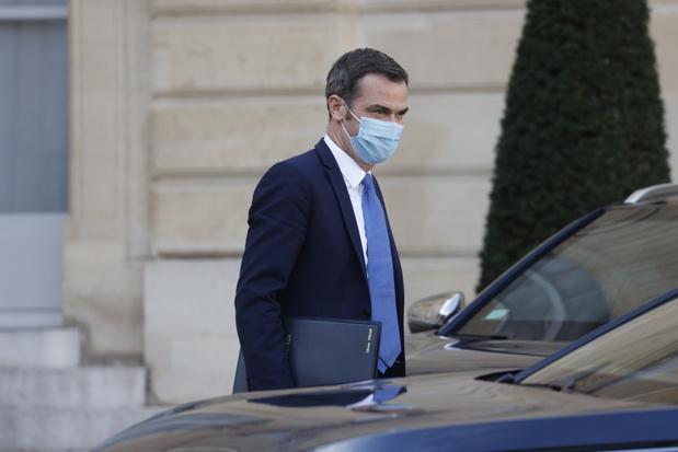 Huiszoeking bij Franse gezondheidsminister om aanpak corona