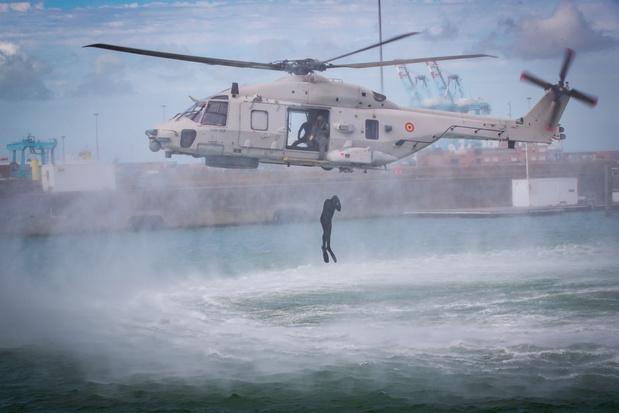 Belgische helikopter ingezet bij reddingsactie van migranten voor Franse kust