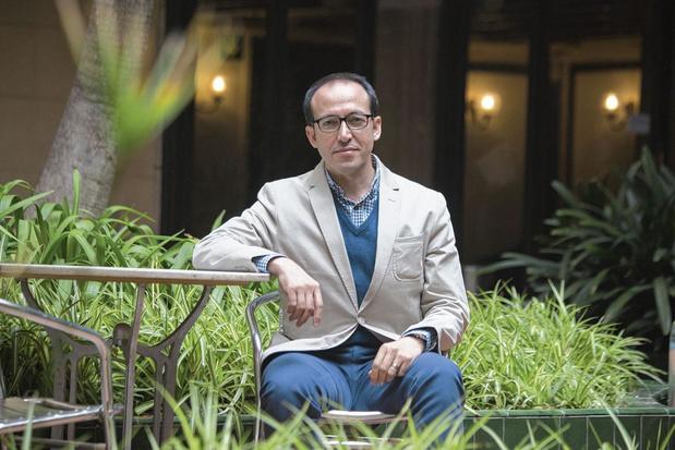 Zijn of niet zijn? Koerdische schrijver Burhan Sönmez gaat in 'Labyrint' Albert Camus achterna