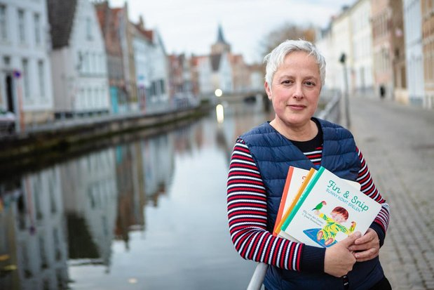 Papegaaitje uit wzc Westervier inspireert Greet voor peuterboekjes