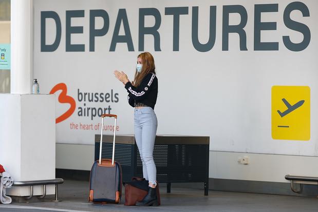 Vliegtuigreizigers uit rode zones niet sowieso verplicht in quarantaine