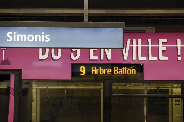 Reizigers mogen kiezen welke kunstwerken tunnels station Simonis op zullen fleuren