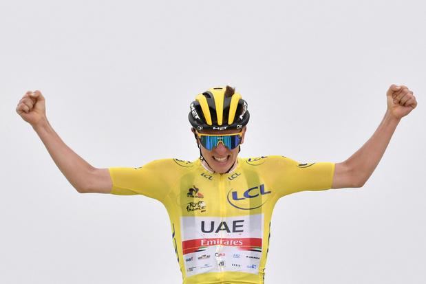 Tadej Pogacar wint koninginnenrit in Tour de France en zet gele trui extra in de verf