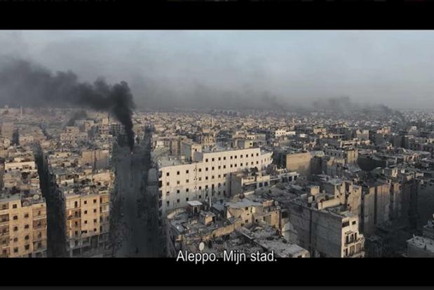 """'""""For Sama"""" plaatst het Syrische conflict opnieuw op de radar'"""