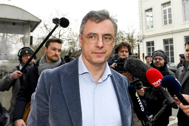 CD&V-voorzitter Joachim Coens reageert onthutst op steekpartij burgemeester