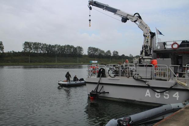 Grootscheepse mijnenbestrijdingsoefening in Oostendse achterhaven