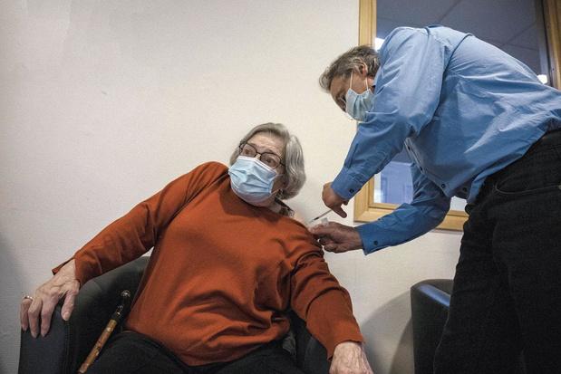 Les médecins ayant vacciné dans une MR/MRS fixés sur leur rémunération