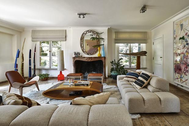 La maison du partage: une villa lasnoise rénové dans un esprit arty et intemporel