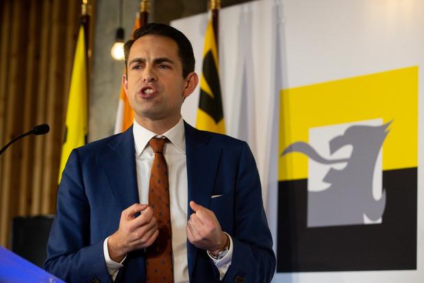 Vlaams Belang grootste partij van Vlaanderen in nieuwe peiling