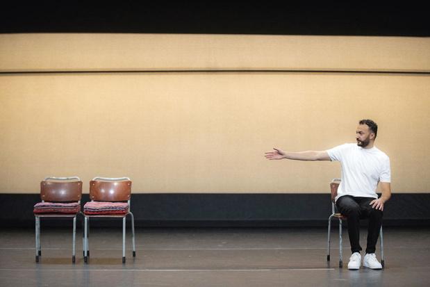 Theatermaker Nasrdin Dchar speelt de solo 'Adem': 'Tijd voor het hoogste goed'