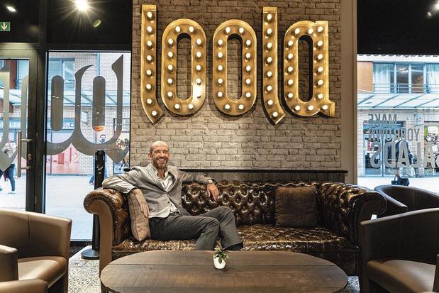 """YouWok, Bagel Jackson, Loola,... : ces chaînes de """"fast good"""" qui misent sur la franchise"""