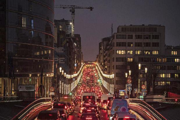 Brusselse gezinnen geven veel minder uit aan transport dan Vlaamse en Waalse