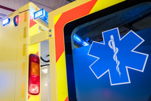 """10 procent minder ritten met ambulance door corona: """"Mensen waren bang"""""""