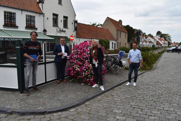 Stad Brugge zet Lissewege in de bloemen