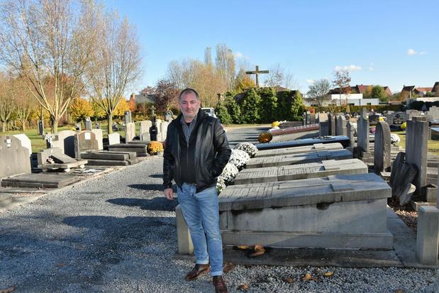 Verdwijnen verwaarloosde grafmonumenten in Hulste?