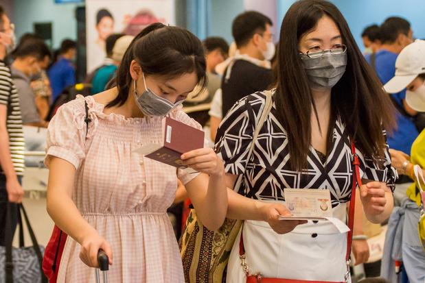 Coronavirus: Belgische douaniers op luchthavens moeten mondmasker dragen