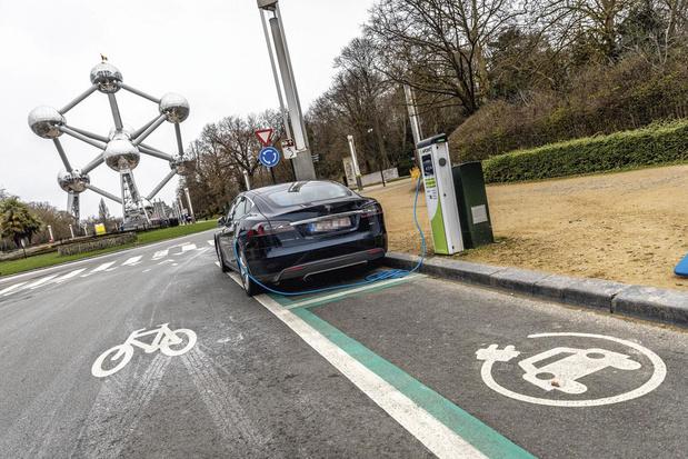 Un consommateur belge sur trois prévoit d'acheter une voiture électrique