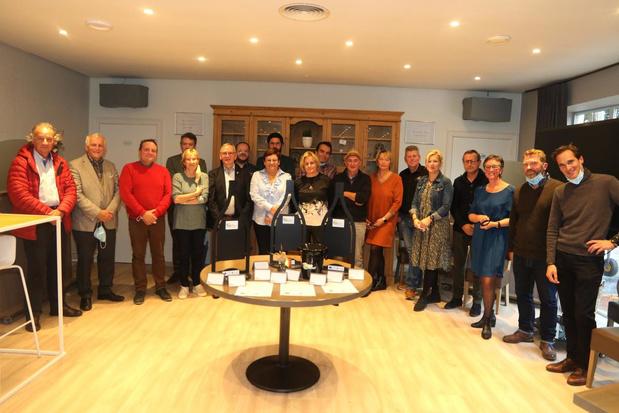 Zeventien nieuwe ambassadeurs van de Heuvellandse wijnen