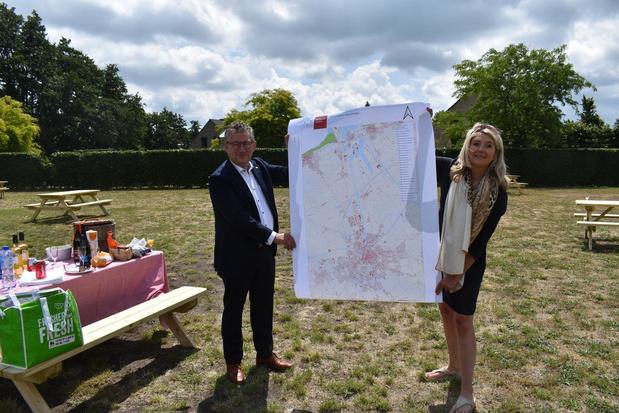 207 nieuwe picknickbanken voor Groot-Brugge