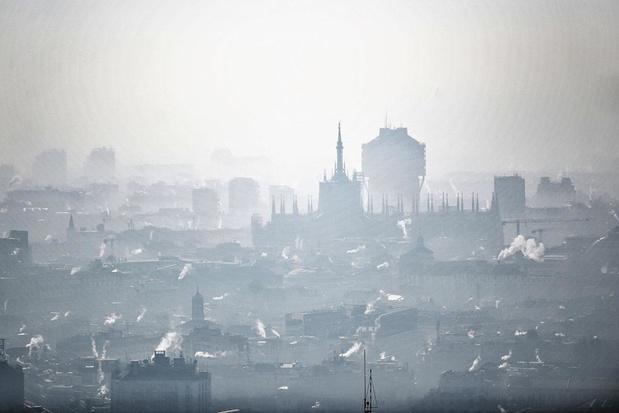 Il faut un plan stratégique contre le changement climatique et contre le tabagisme!