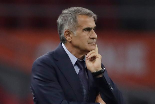 Turkse bondscoach laan uitgestuurd na zwaar verlies tegen Oranje