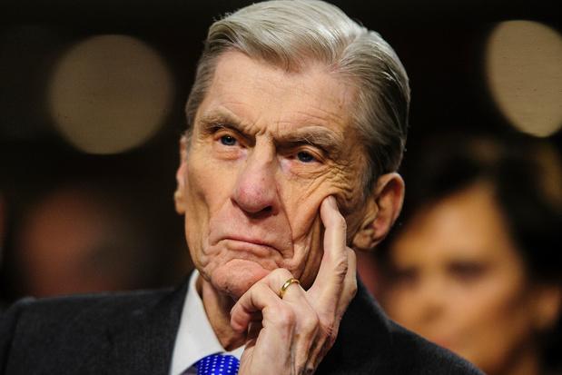 Gewezen Amerikaans senator John Warner, ex van Elizabeth Taylor, overleden