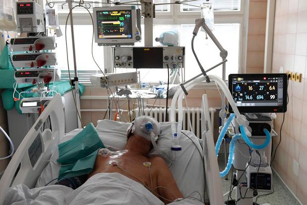 Plusieurs hôpitaux dont le CHU de Liège ont commencé à reporter des soins non urgents