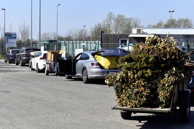 'Nergens voel je je Vlaamser dan in de file naar het containerpark'