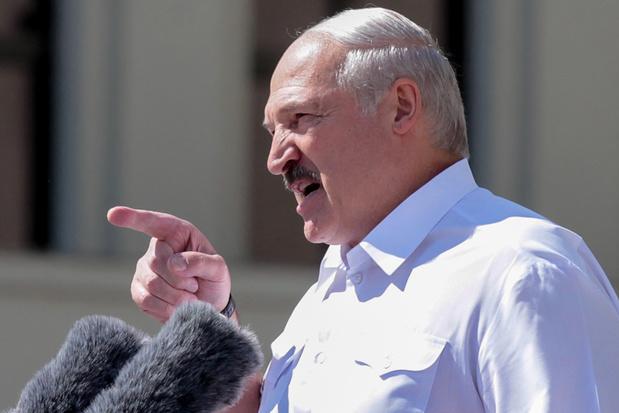 Loekasjenko: 'Misschien iets te lang aan de macht gebleven'