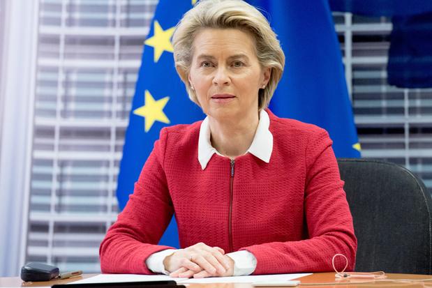 Heeft Ursula von der Leyen zich verbrand aan de Europese vaccinstrategie?