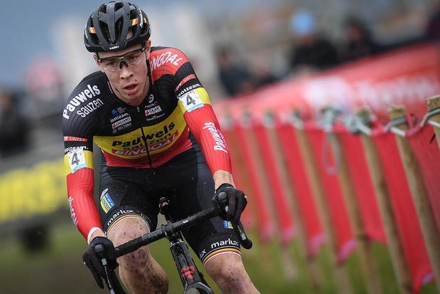 Laurens Sweeck wint slotmanche in Middelkerke en is eindlaureaat