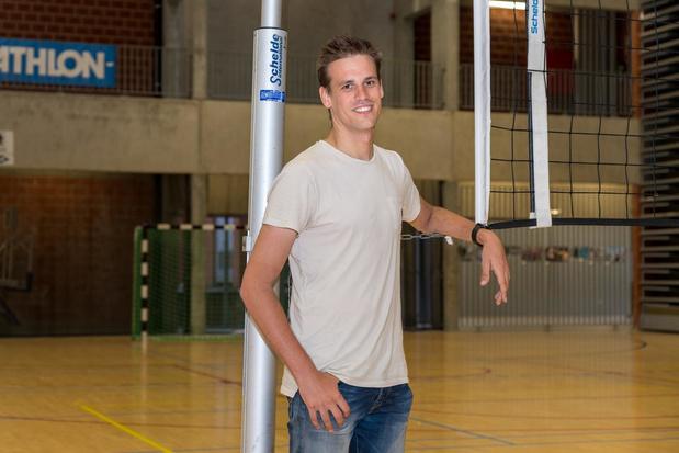 Kuurnenaar Jelle Decoene is nieuwe volleybalcoördinator van Stad Kortrijk